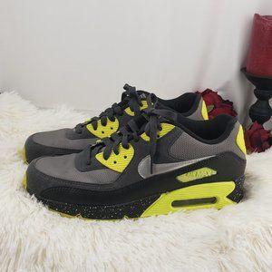 1 of a Kind NikeiD AirMAX Ladies Sneakers